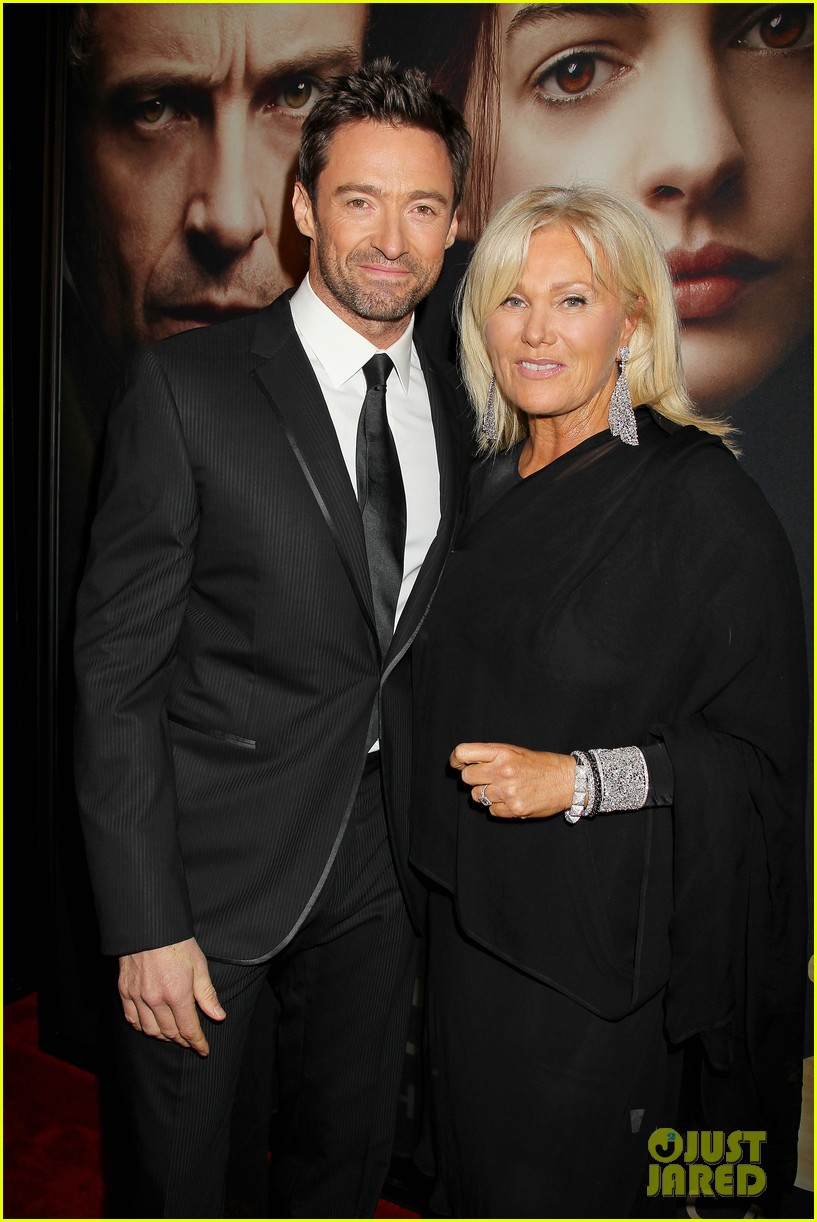 hugh jackman russell crowe les miserables nyc premiere 192773314