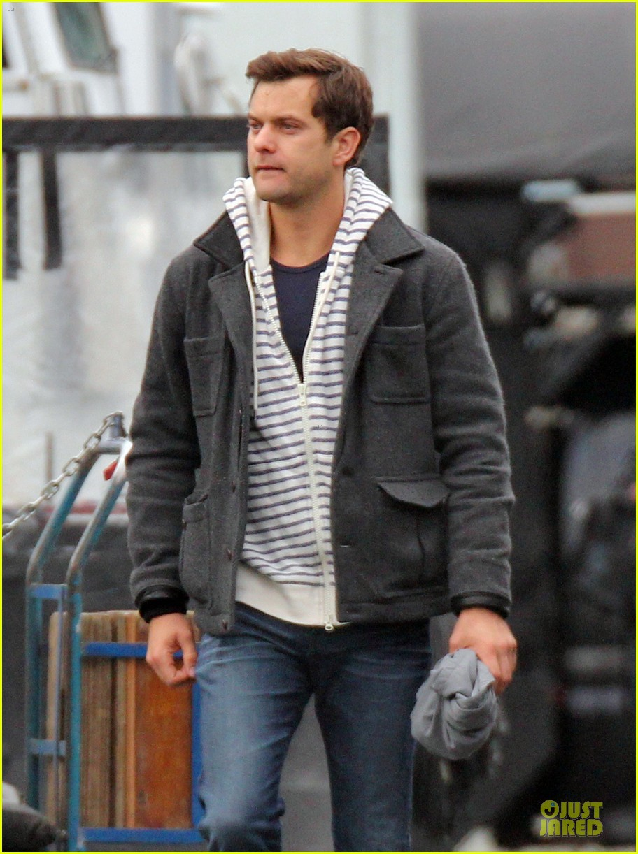 joshua jackson i dont think we'll ever have a dawsons creek reunion 13