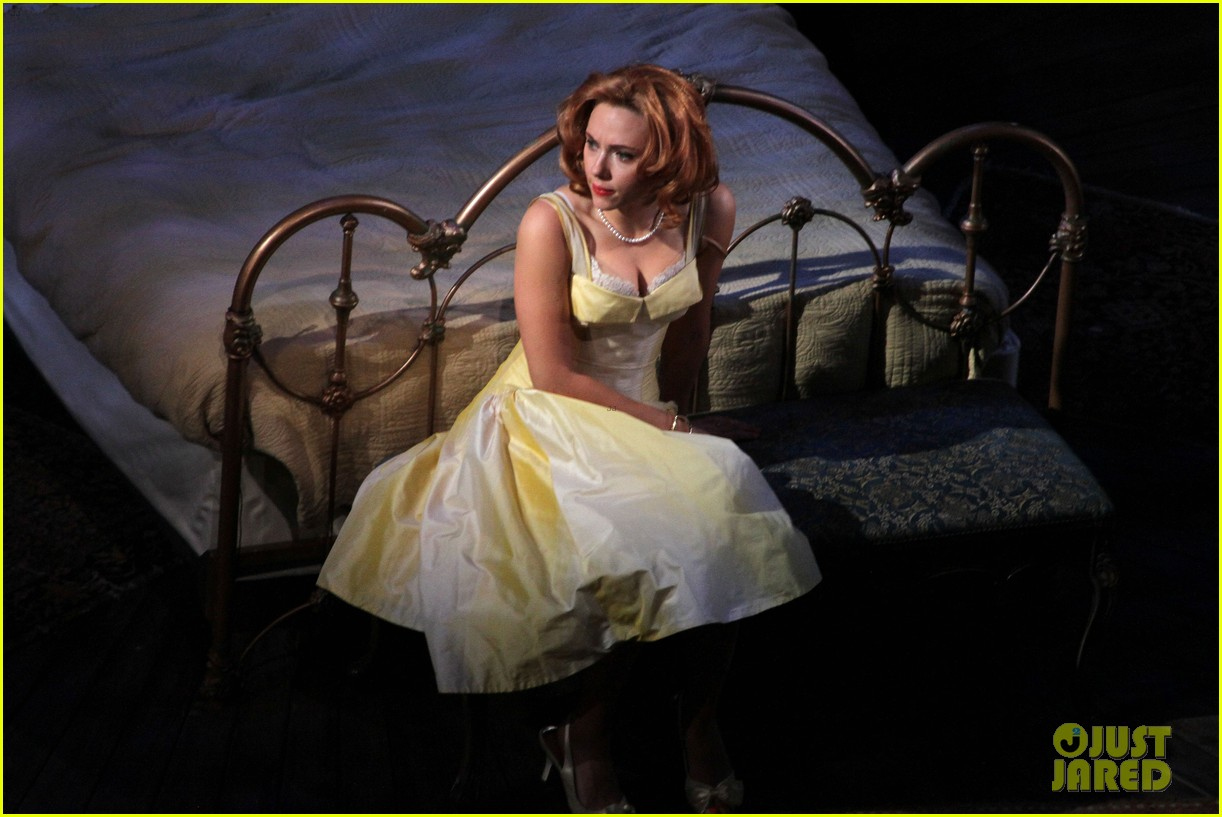 scarlett johansson cat on a hot tin roof performance 072779158