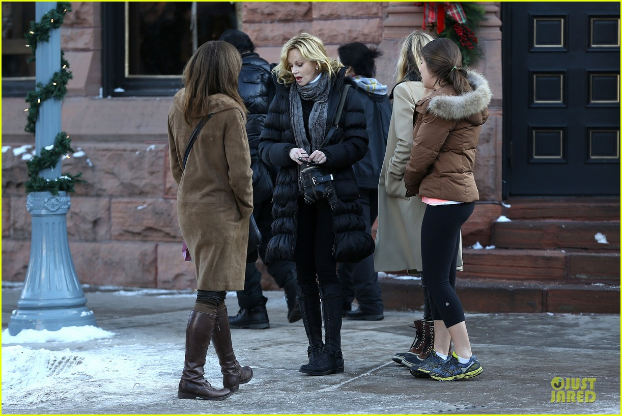 dakota johnson & melanie griffith aspen vacation with stella 272780434