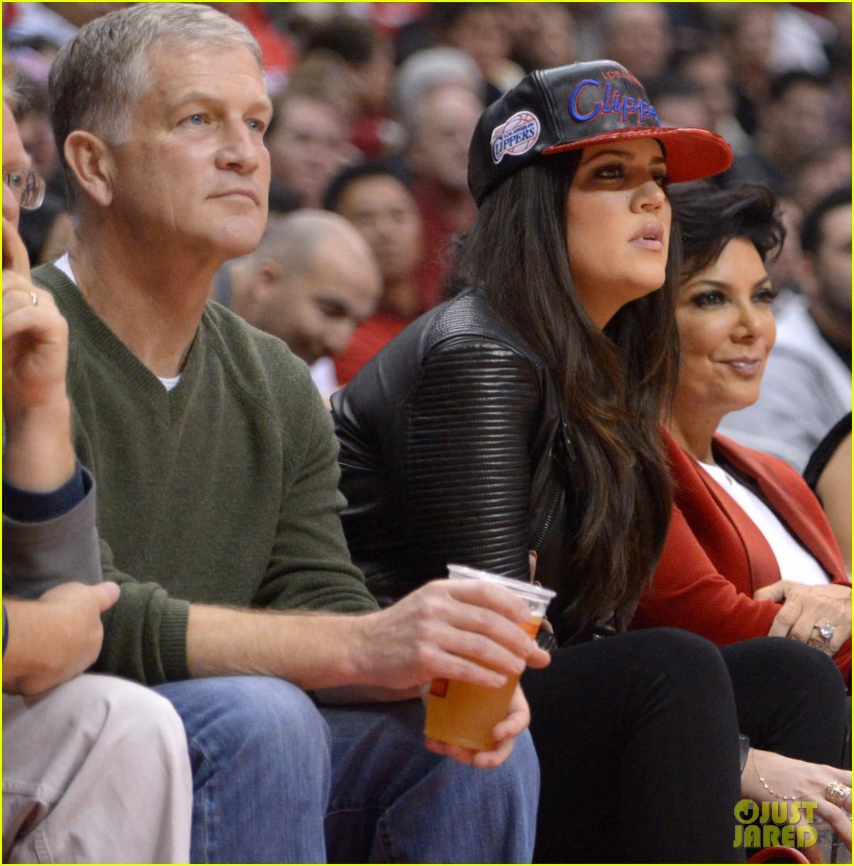Denver Nuggets On Hulu: Kim Kardashian & Kanye West: Christmas Clippers Game