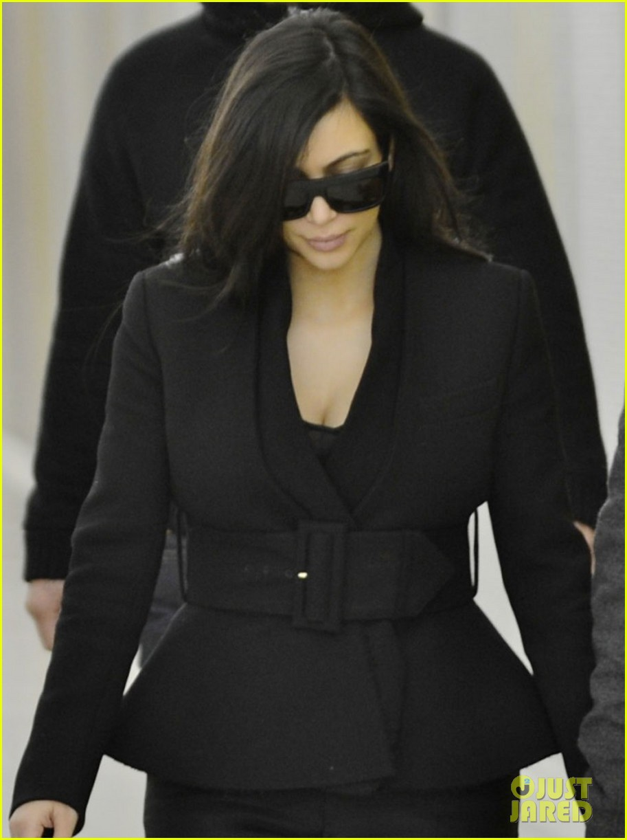 kim kardashian pregnant first sighting with kanye west 022782916