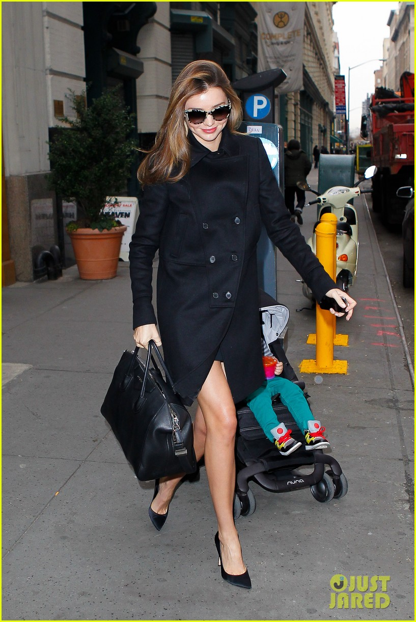 miranda kerr manhattan business mom 142771361