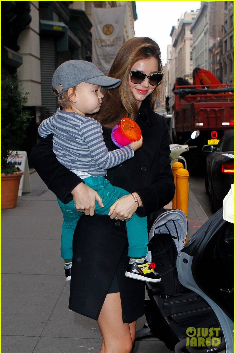 miranda kerr manhattan business mom 182771365