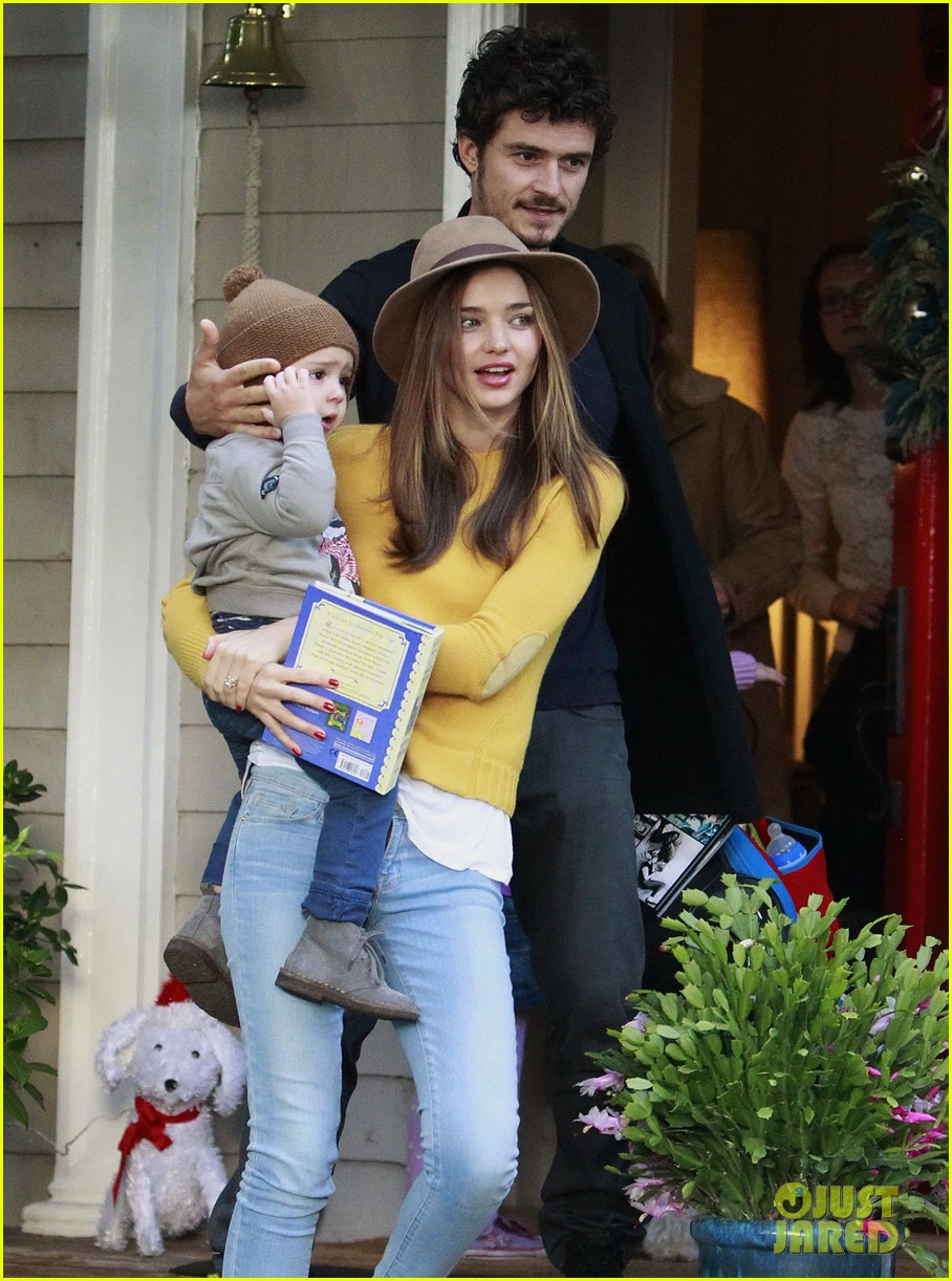 miranda kerr orlando bloom flynn post christmas party 16