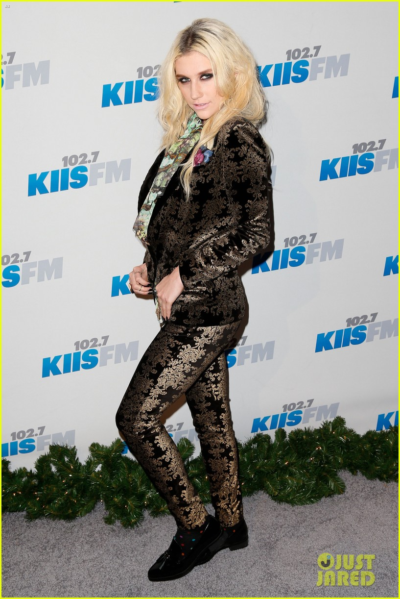 kesha alicia keys kiis fms jingle ball 2012 05