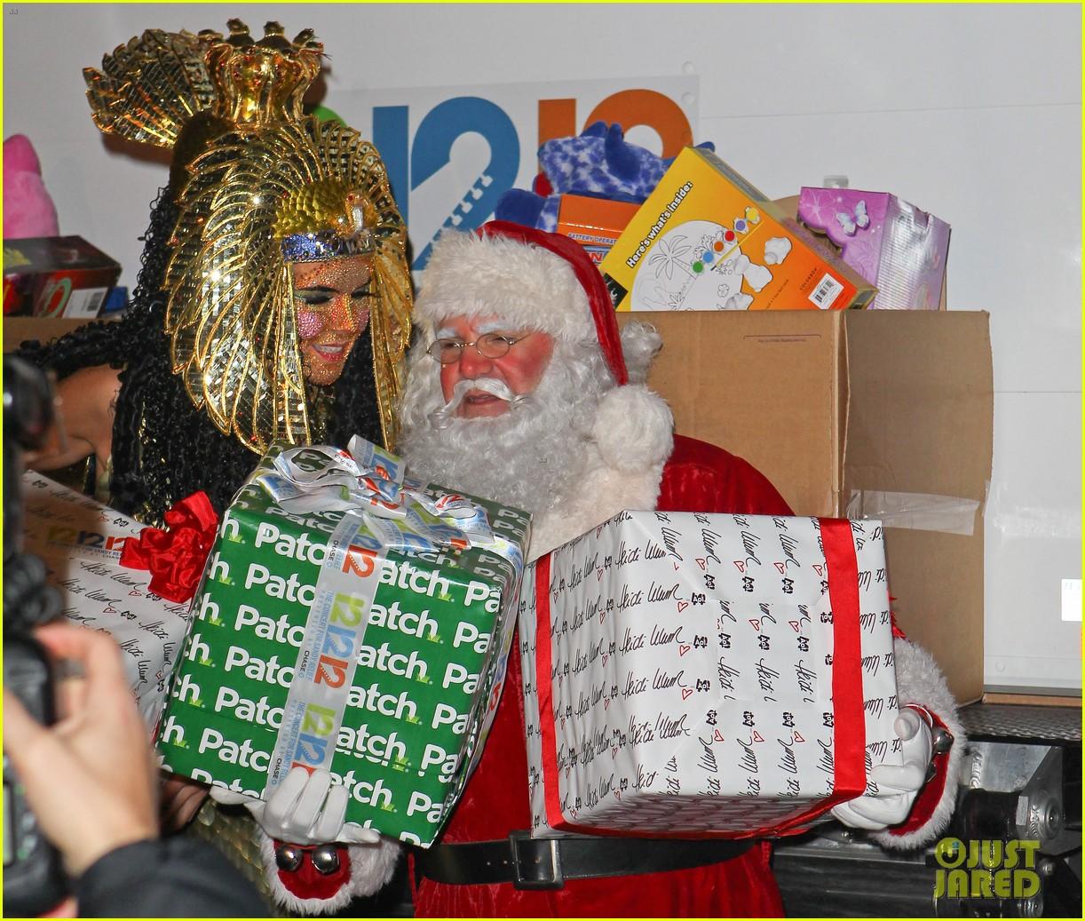 heidi klum cleopatra at holiday costume party 172767692