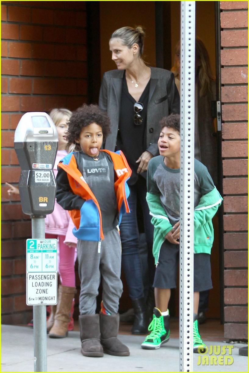 heidi klum martin kirsten lunch groceries with the kids 112781258