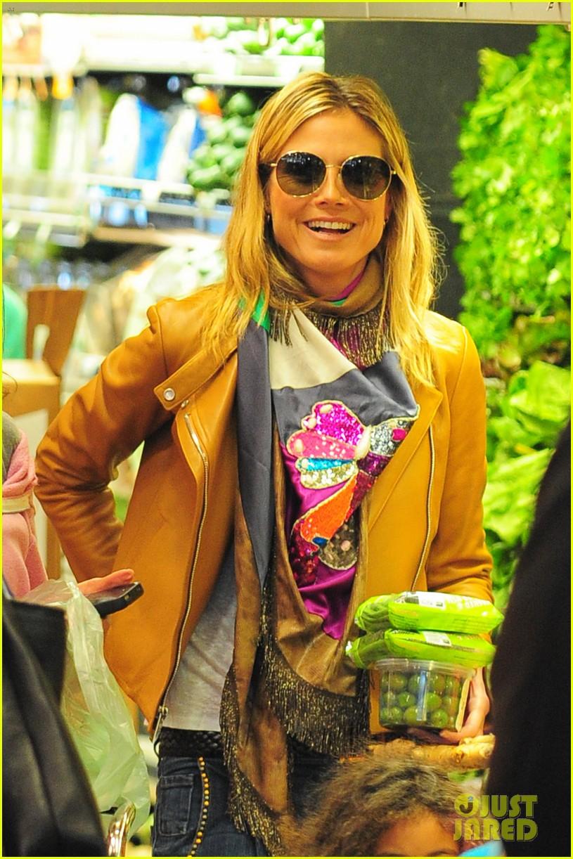 heidi klum martin kirsten grocery shopping with girls 262782572