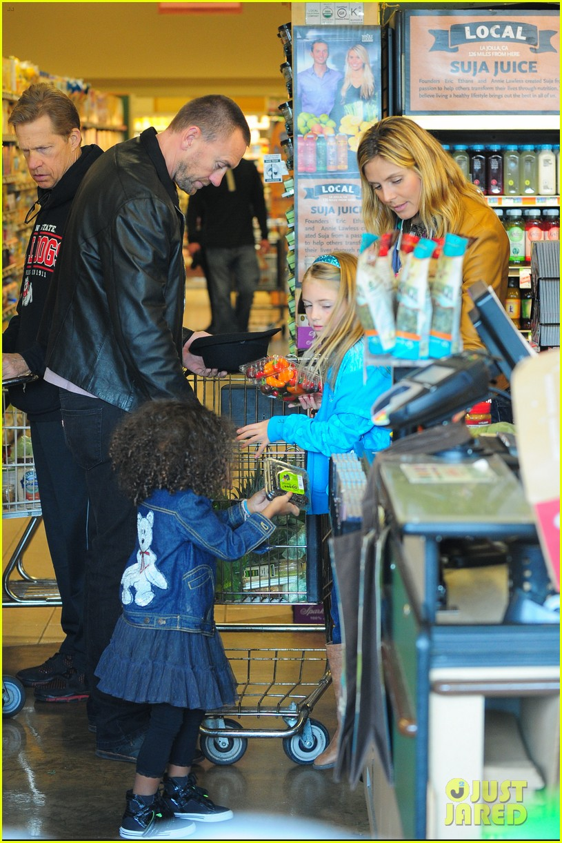 heidi klum martin kirsten grocery shopping with girls 272782573