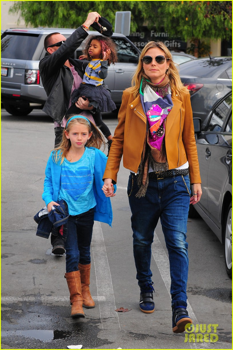 heidi klum martin kirsten grocery shopping with girls 322782578