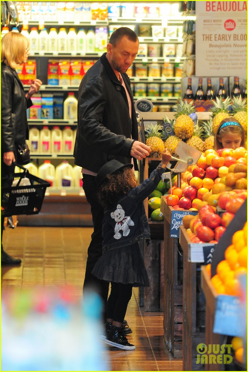 heidi klum martin kirsten grocery shopping with girls 372782583