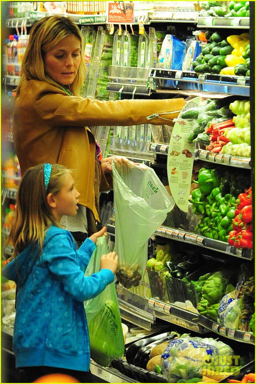 heidi klum martin kirsten grocery shopping with girls 412782587