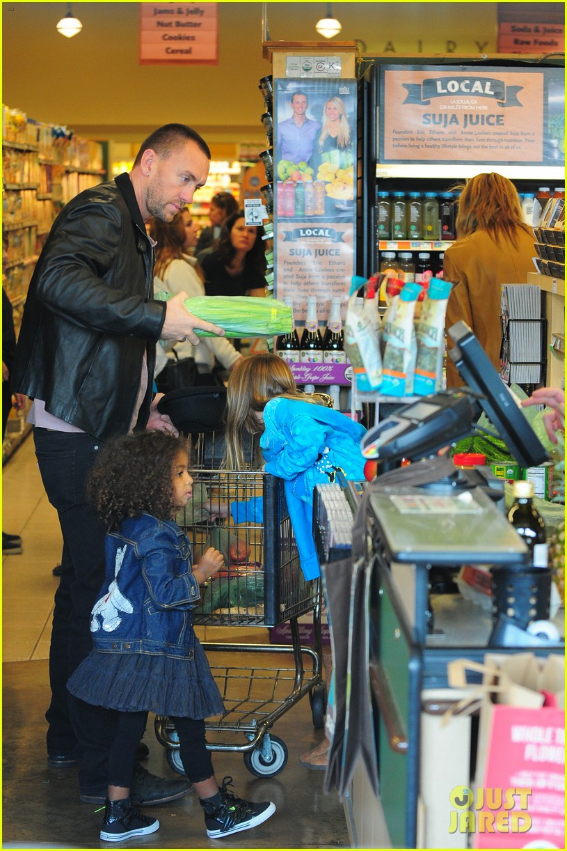 heidi klum martin kirsten grocery shopping with girls 422782588
