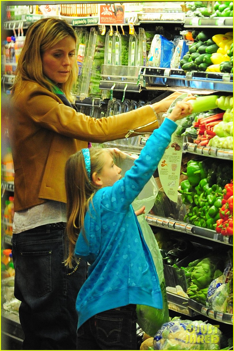 heidi klum martin kirsten grocery shopping with girls 432782589