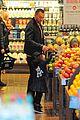 heidi klum martin kirsten grocery shopping with girls 37