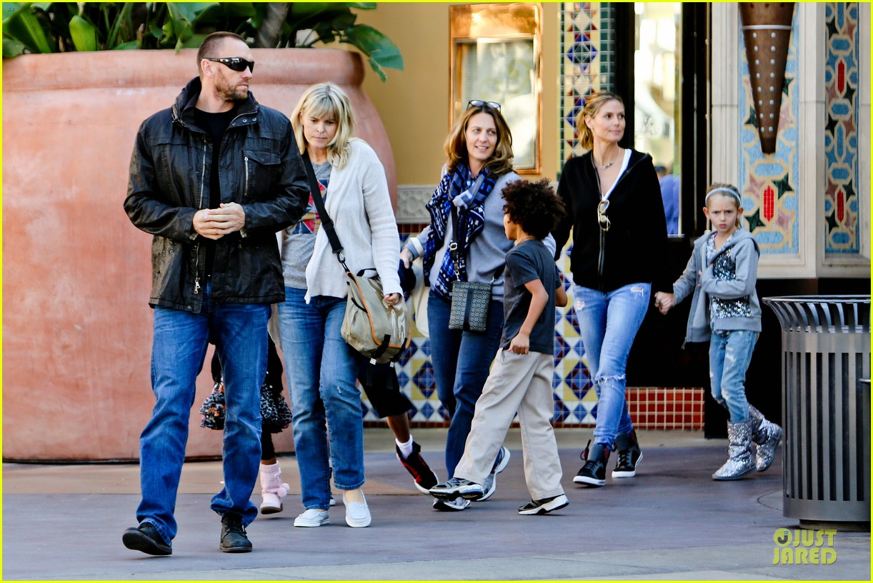 Heidi klum martin kristen pretend city childrens museum with the kids