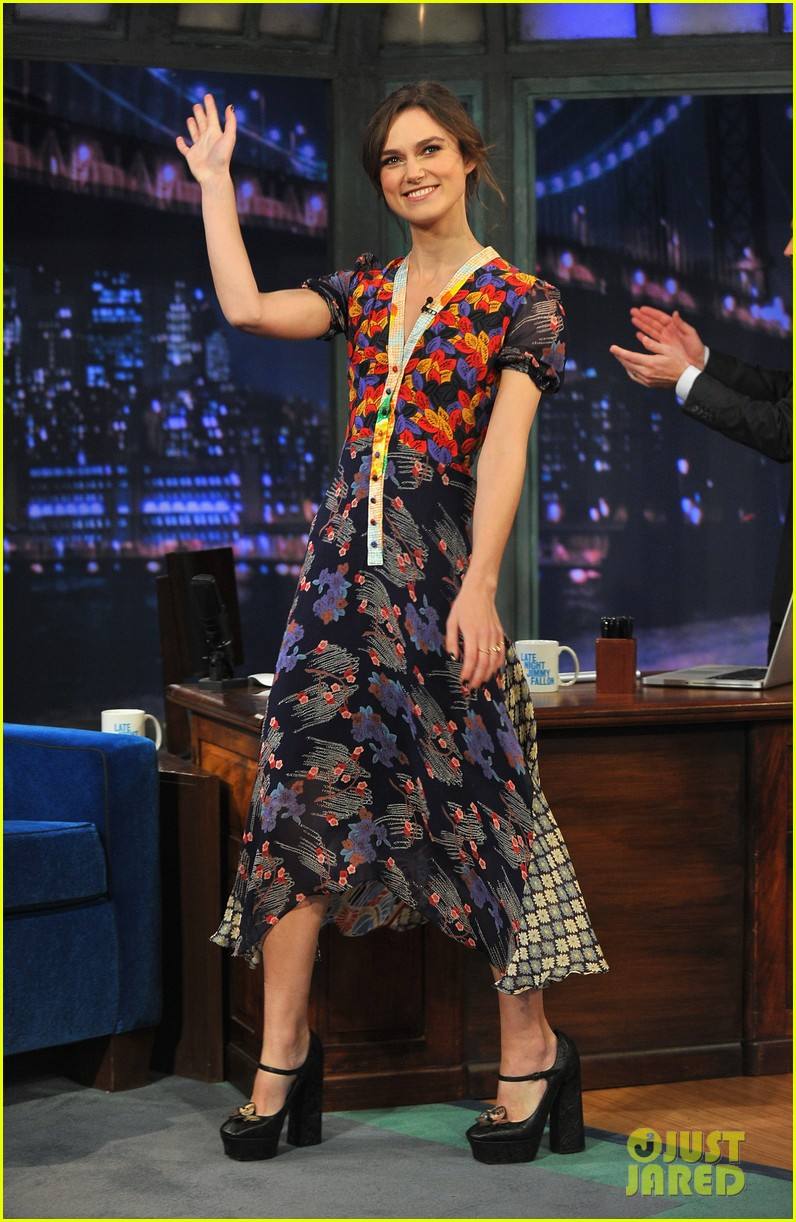keira knightley musical instrument game with jimmy fallon 082768946