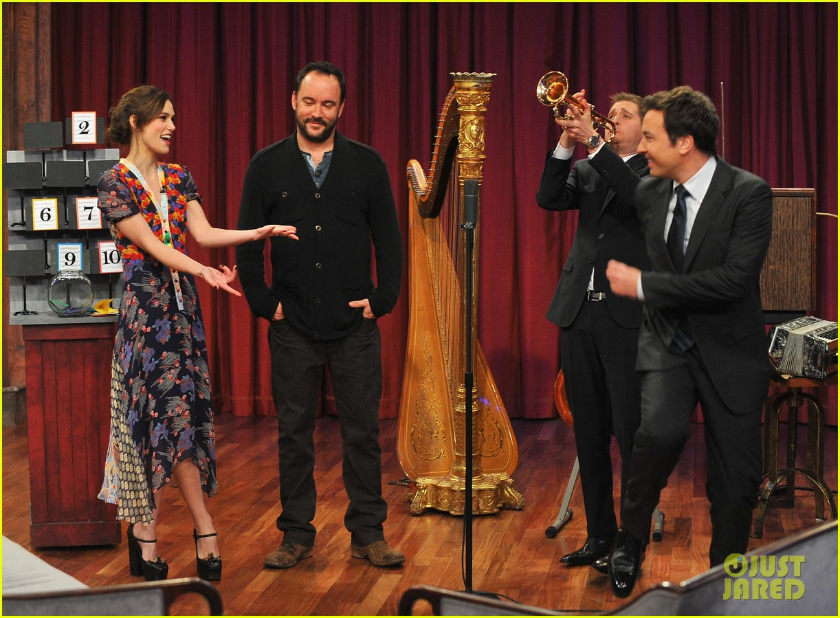 keira knightley musical instrument game with jimmy fallon 122768950