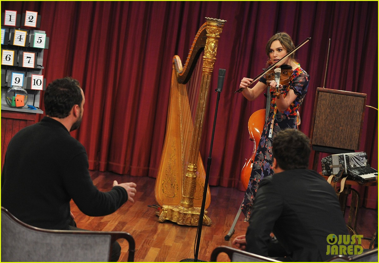 keira knightley musical instrument game with jimmy fallon 13