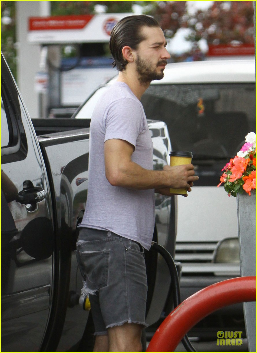 shia labeouf clogs gas station in los angeles 072768104