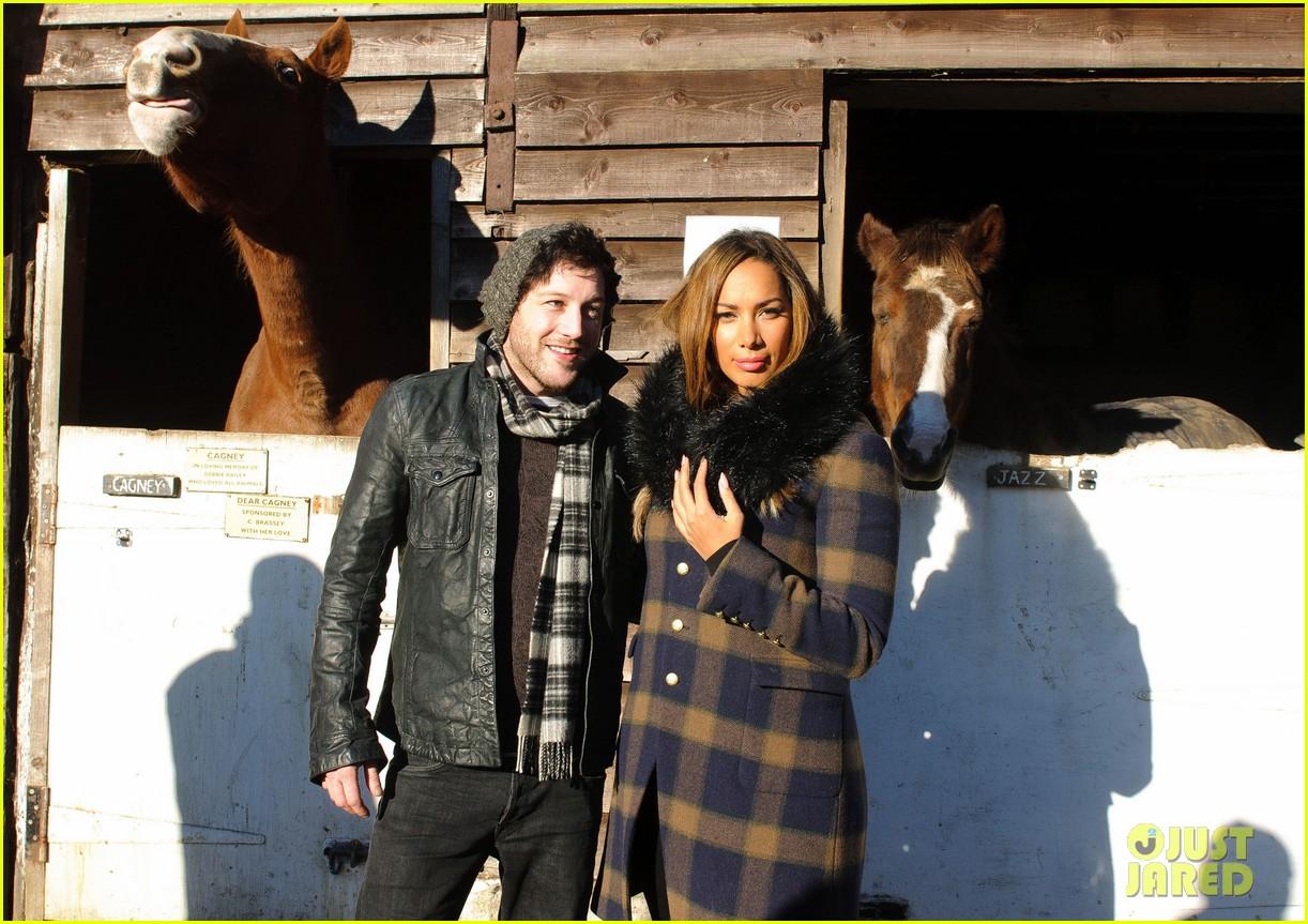 leona lewis hopefield animal sanctuary christmas fete 10