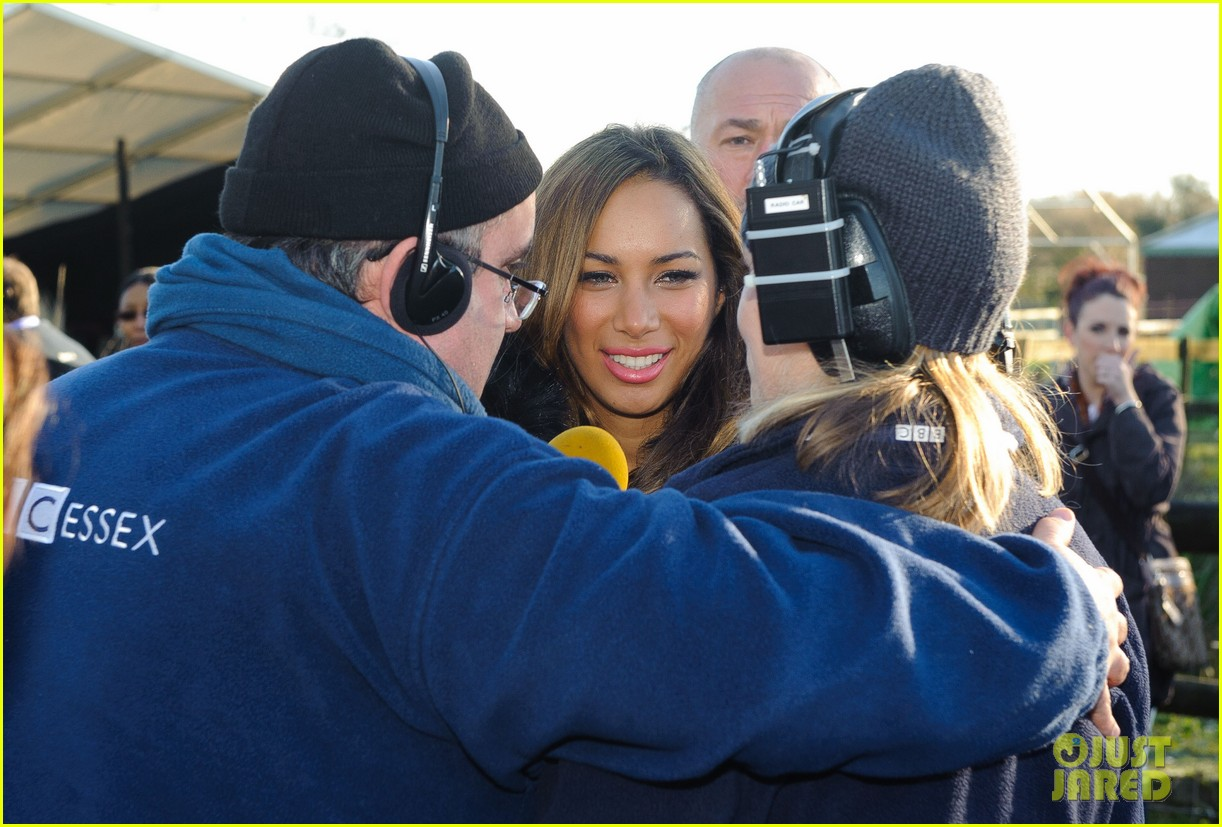 leona lewis hopefield animal sanctuary christmas fete 13