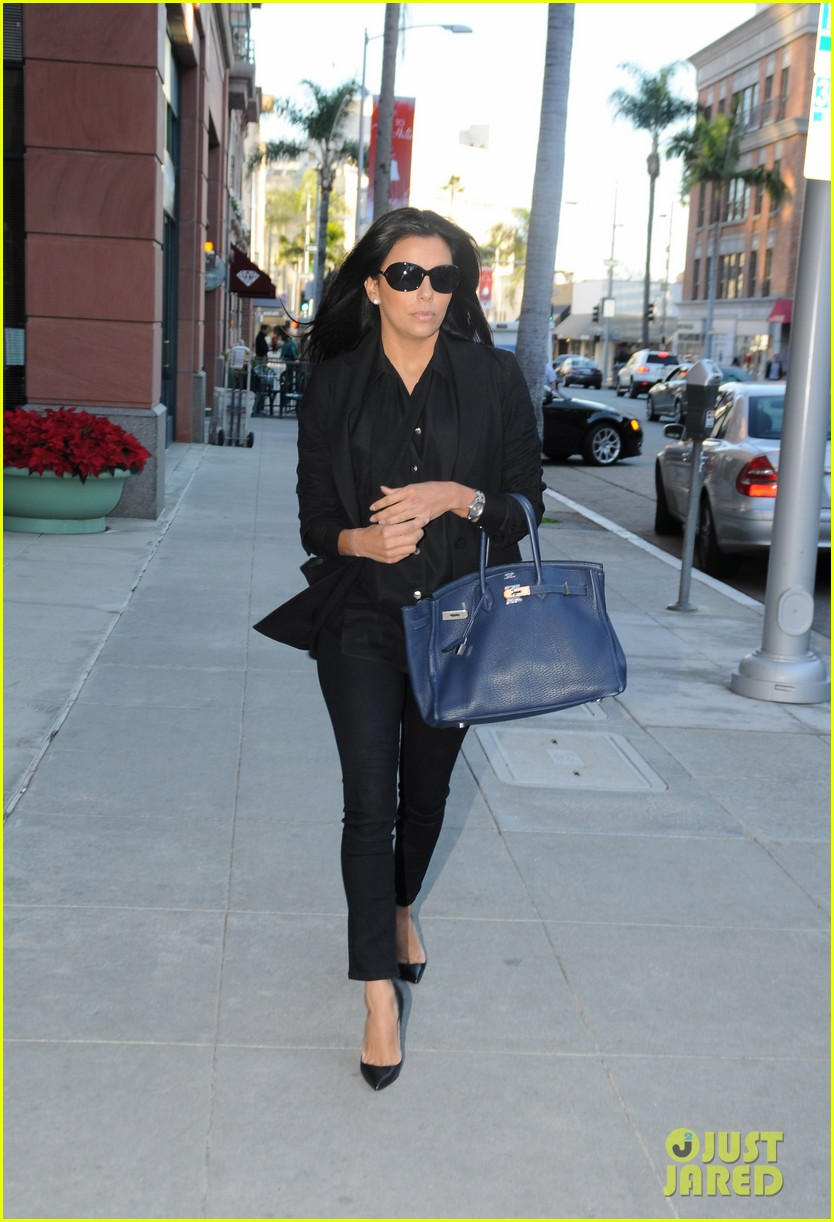 eva longoria anastasia salon beauty day 01