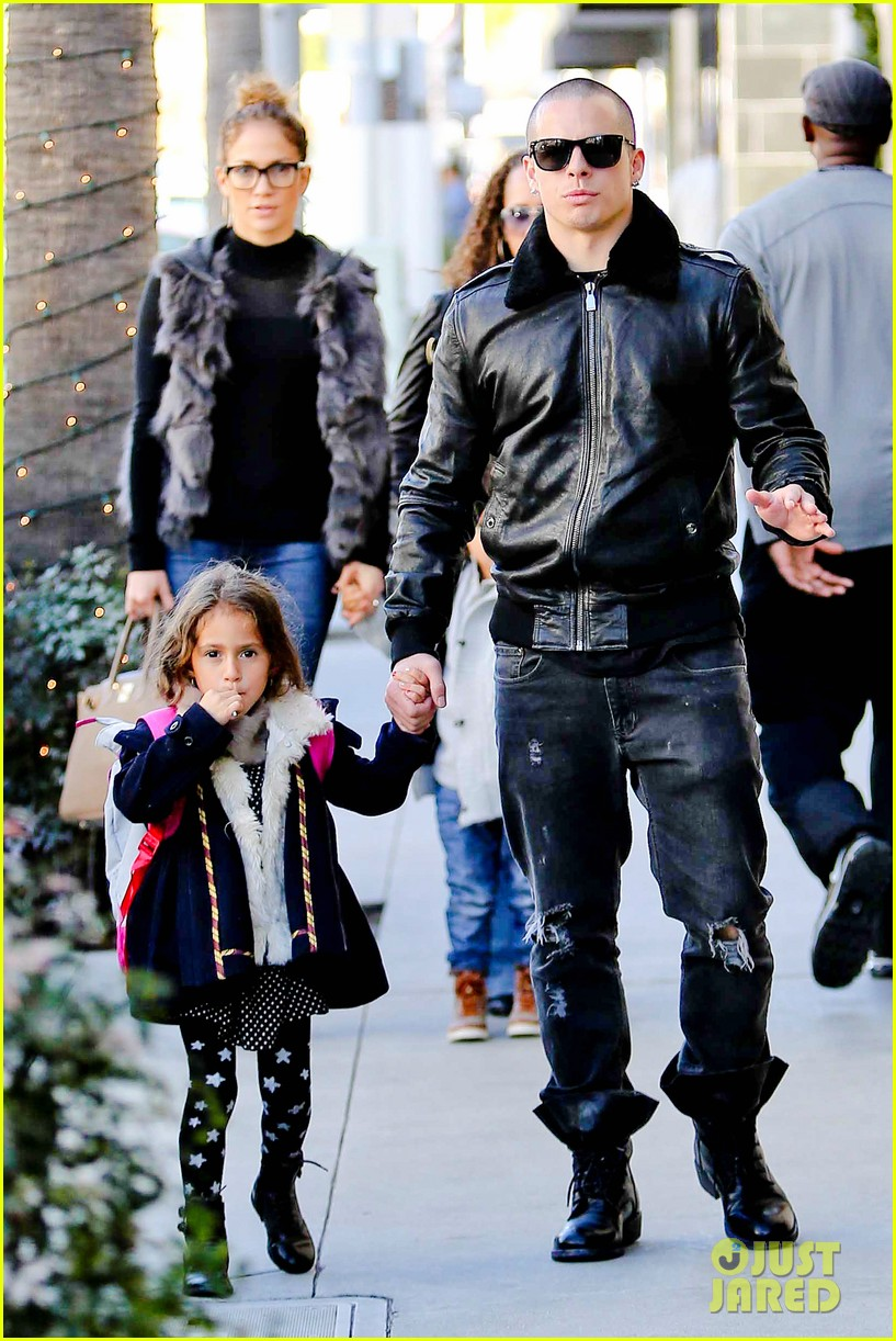 jennifer lopez casper smart beverly hills shopping with the kids 172781483