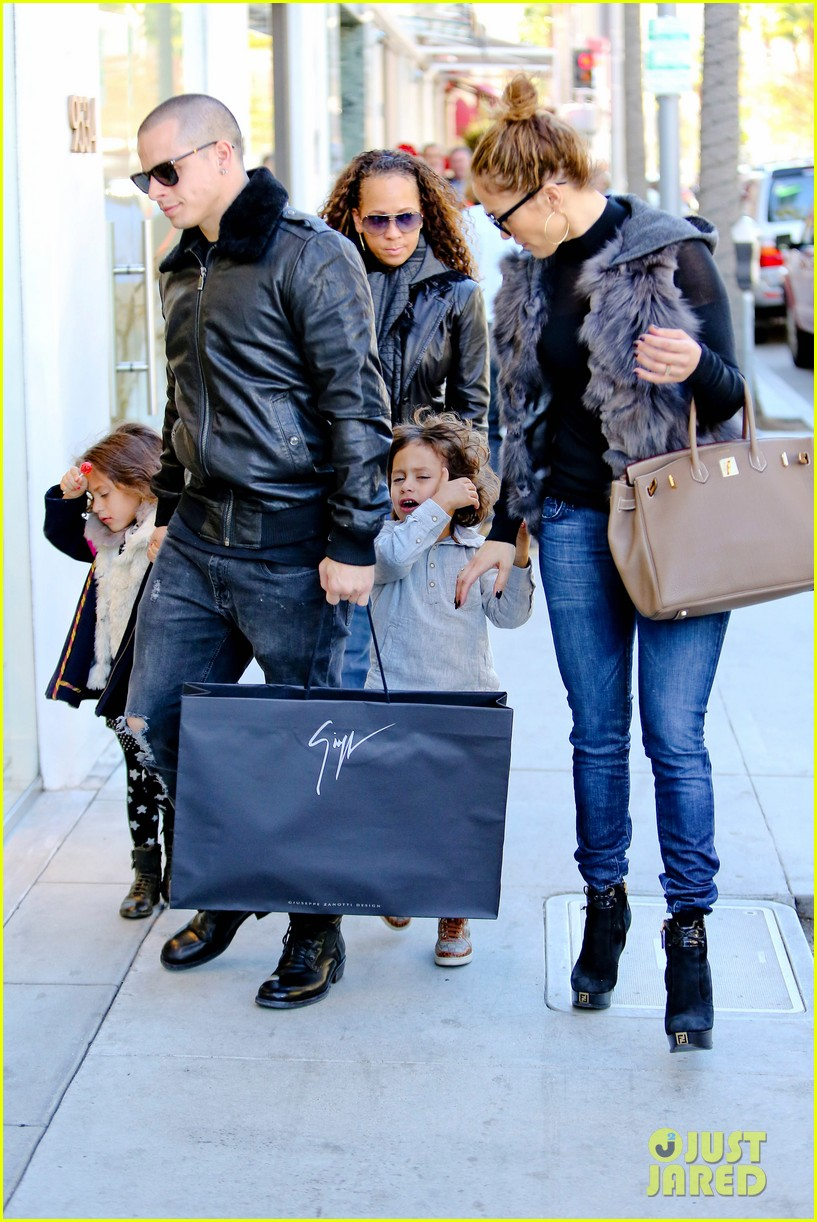jennifer lopez casper smart beverly hills shopping with the kids 232781489