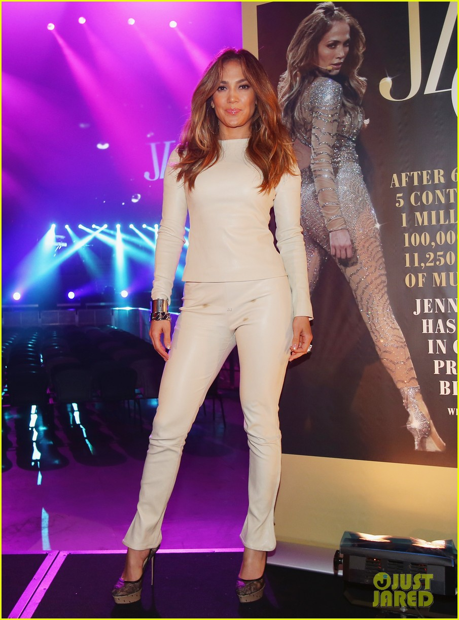 jennifer lopez melbourne press call 01