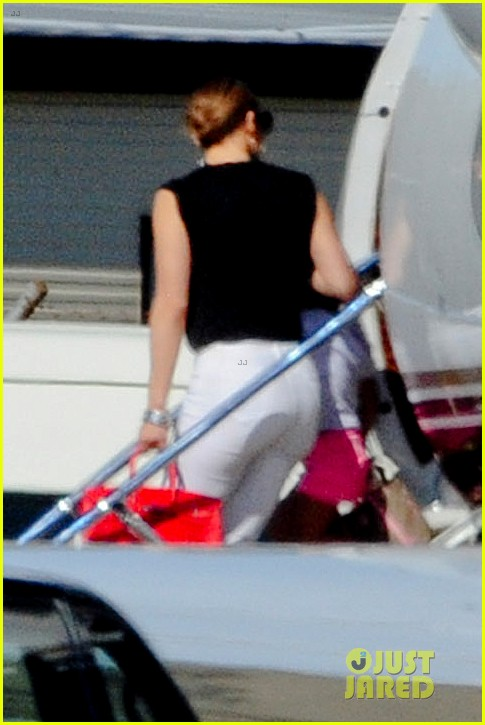 jennifer lopez yacht cruise with emme & max 072776314