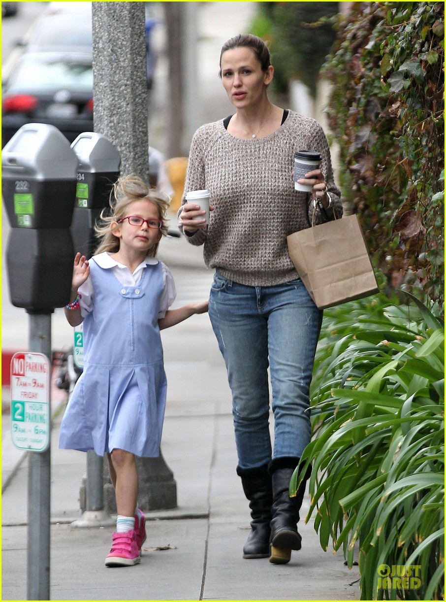 jennifer garner louises dinner with violet 232778129