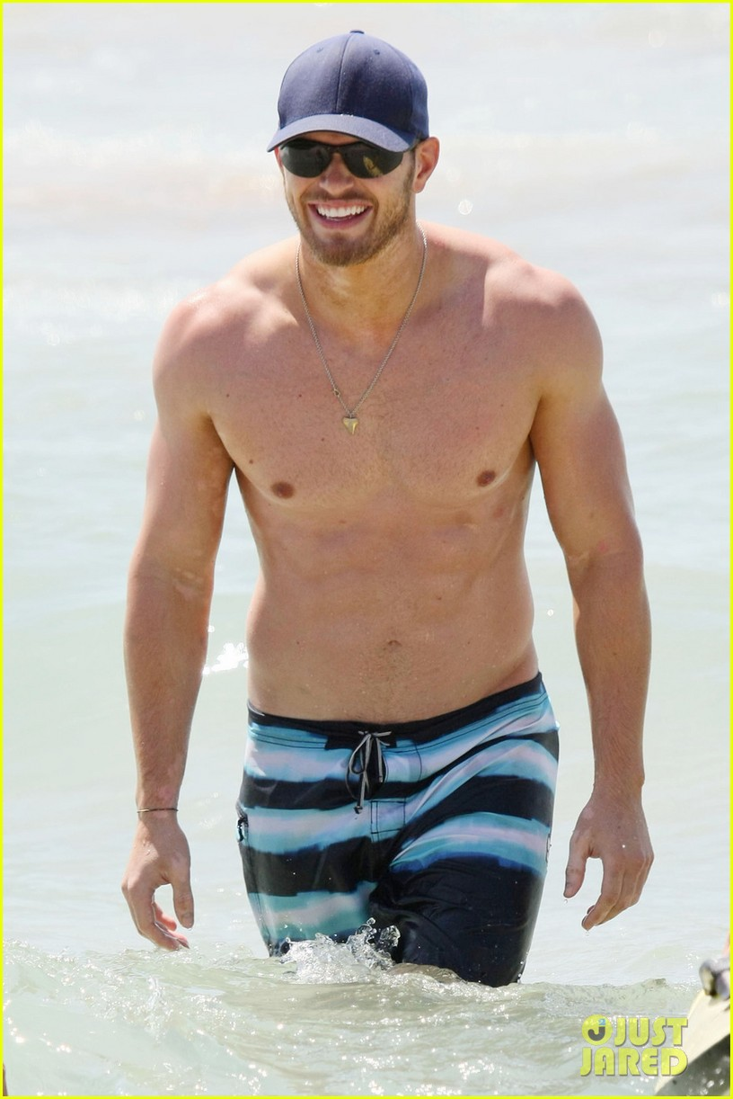 kellan lutz shirtless beach day with sharni vinson 022780289