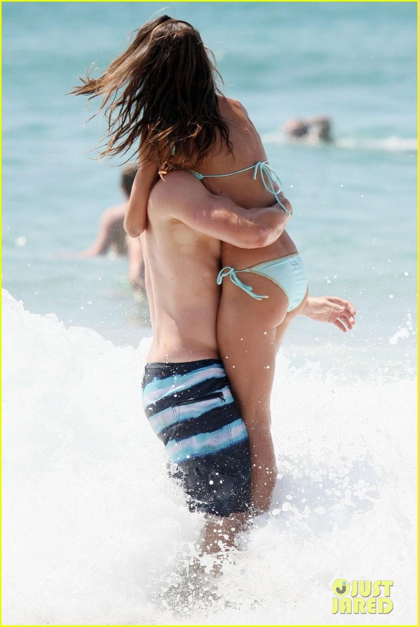 kellan lutz shirtless beach day with sharni vinson 112780298