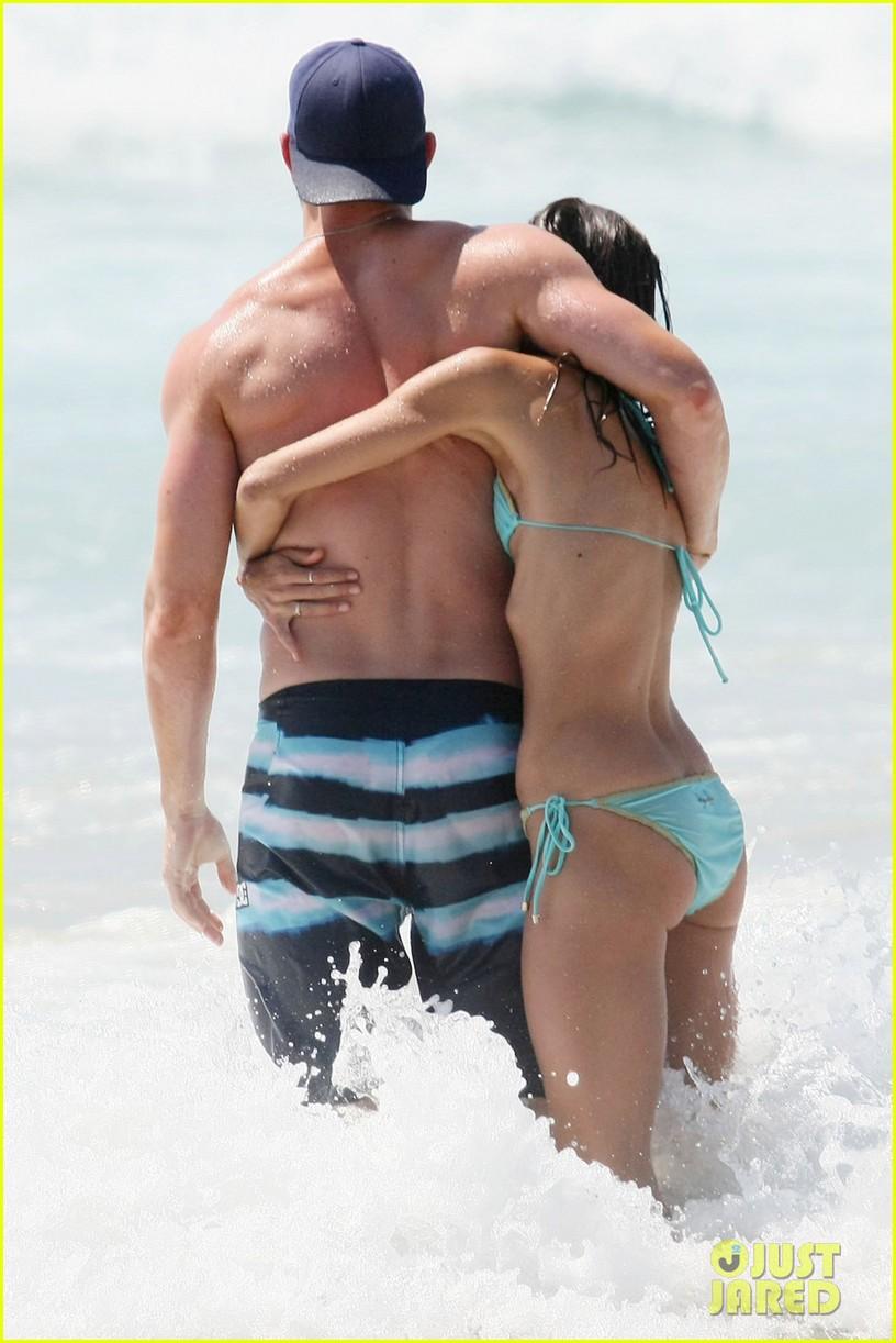 kellan lutz shirtless beach day with sharni vinson 142780301
