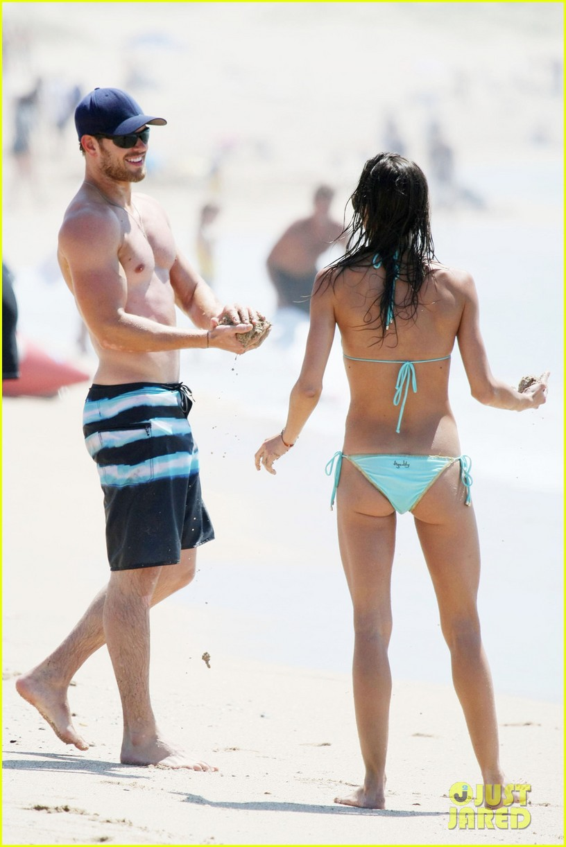 kellan lutz shirtless beach day with sharni vinson 212780308