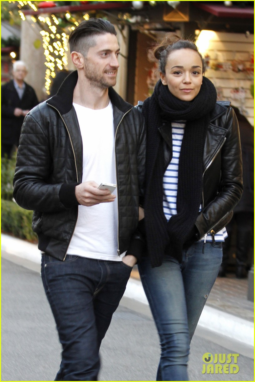 ashley madekwe iddo goldberg the grove lovers 01