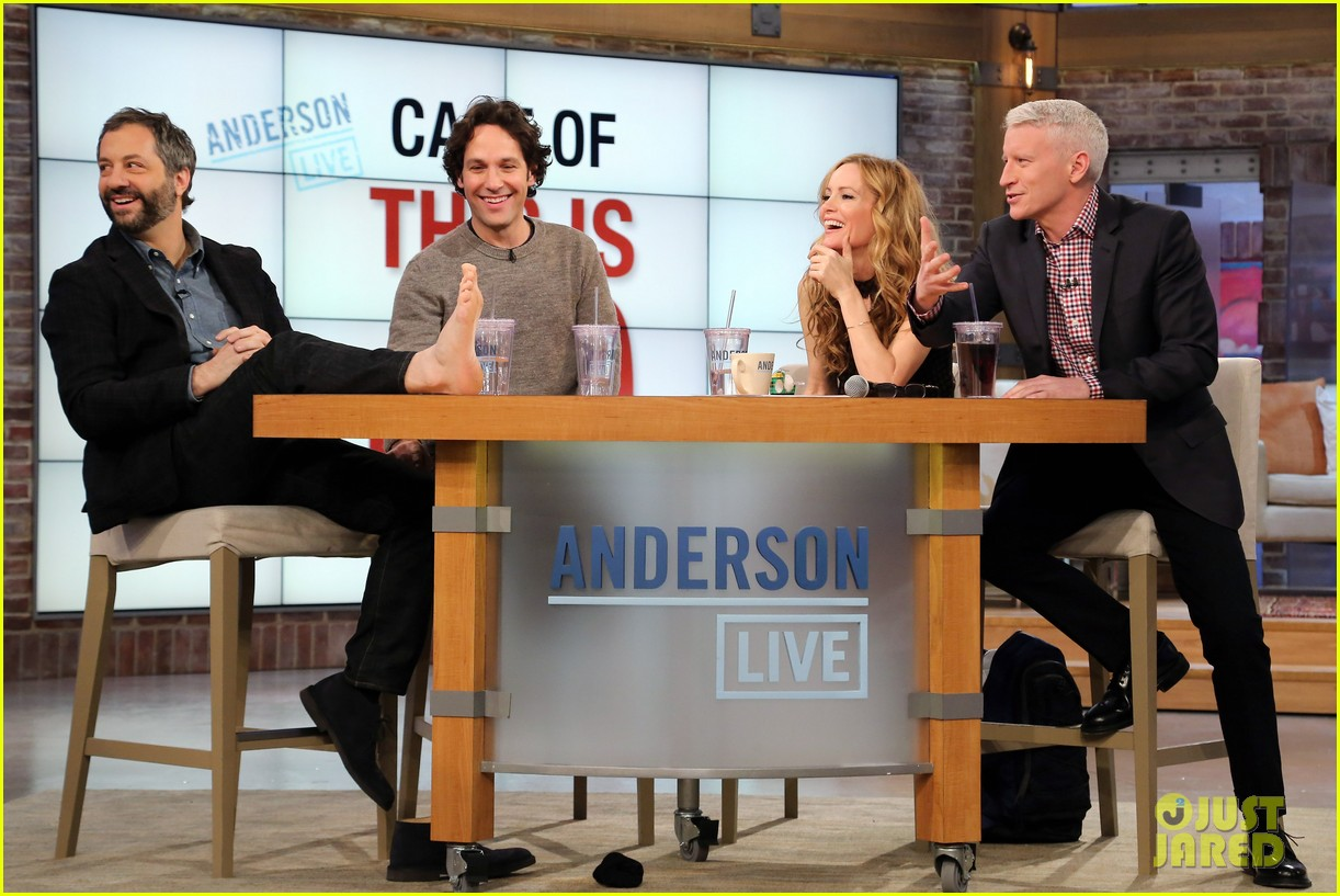 leslie mann paul rudd this is 40 crew visits anderson live 072778938