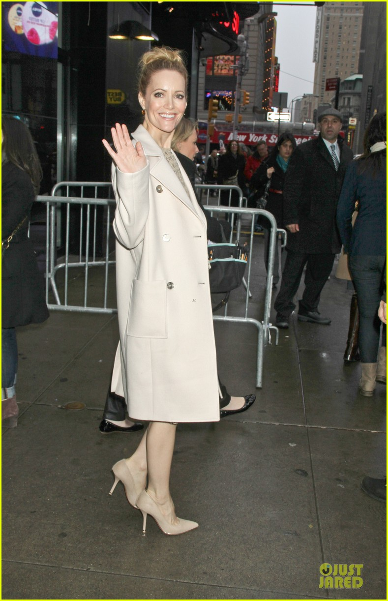 leslie mann & paul rudd this is 40 promotion in new york 032778039