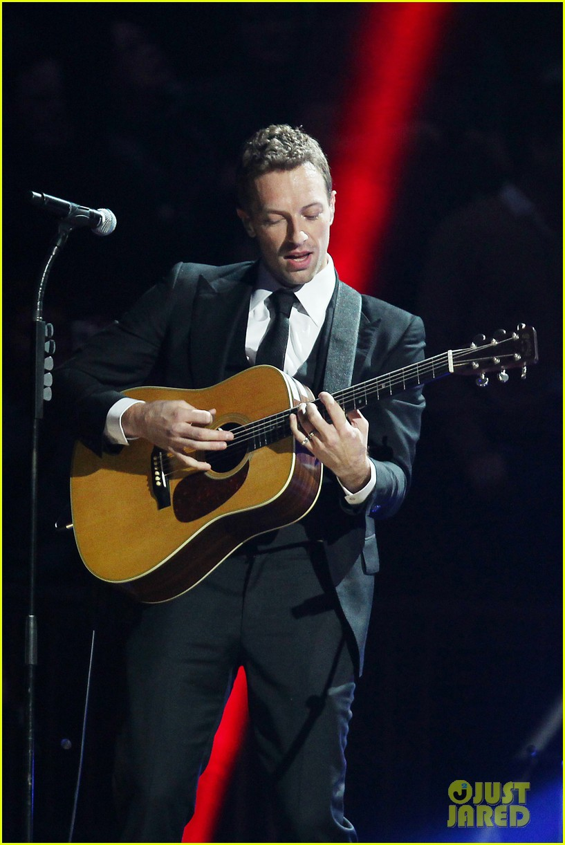 chris martin 12 12 12 concert for sandy relief 092775203