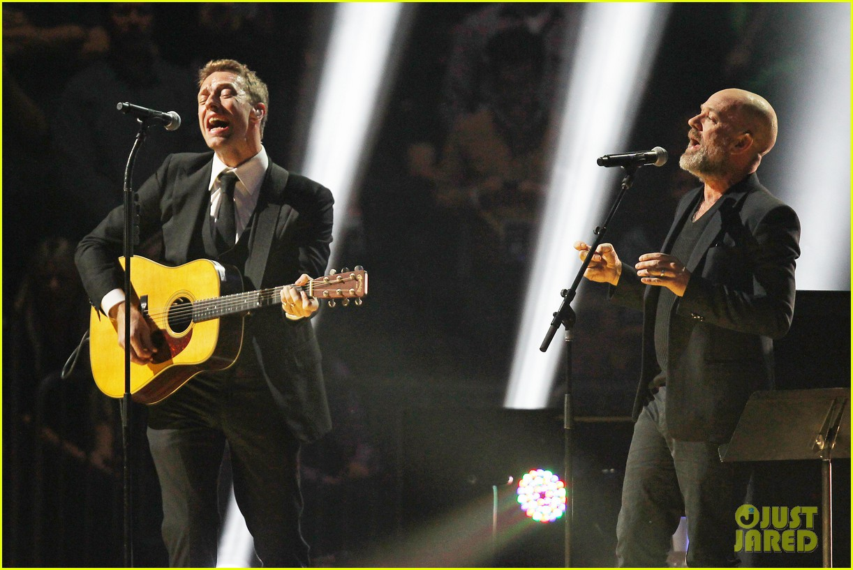 chris martin 12 12 12 concert for sandy relief 132775207