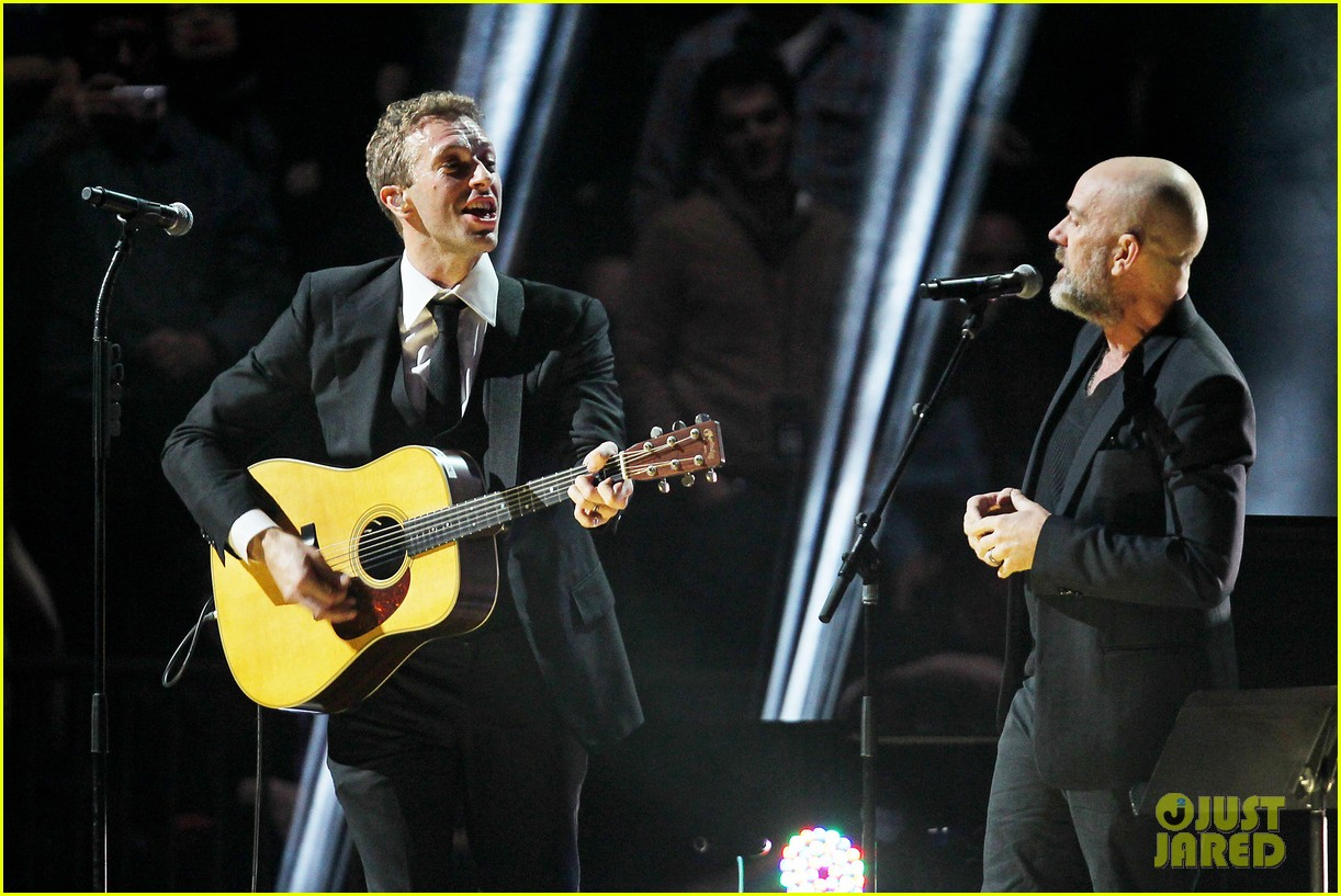 chris martin 12 12 12 concert for sandy relief 142775208