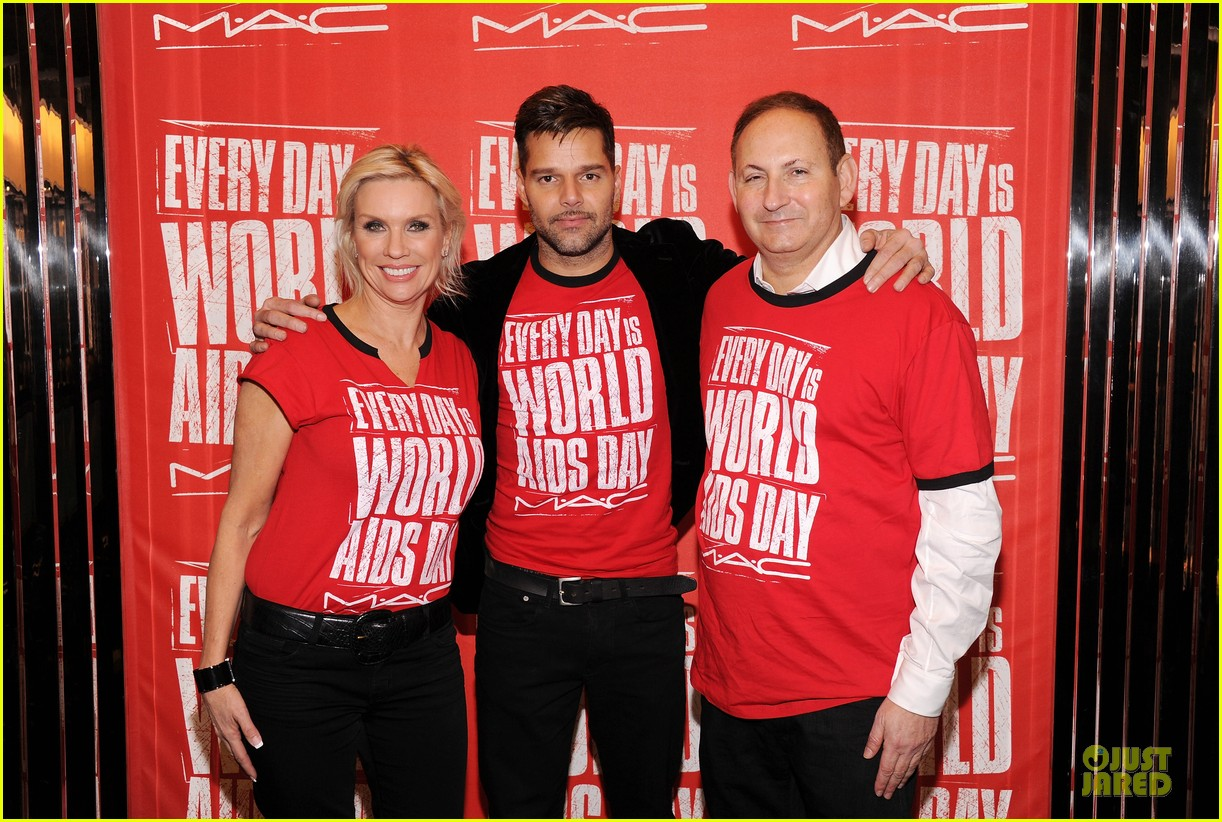 ricky martin world aids day event 04