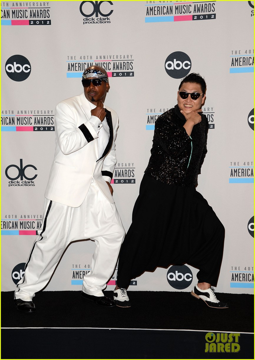 mc hammer to reunite with psy at new years rockin eve exclusive 032782345