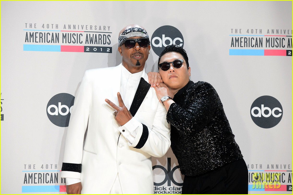 mc hammer to reunite with psy at new years rockin eve exclusive 072782349