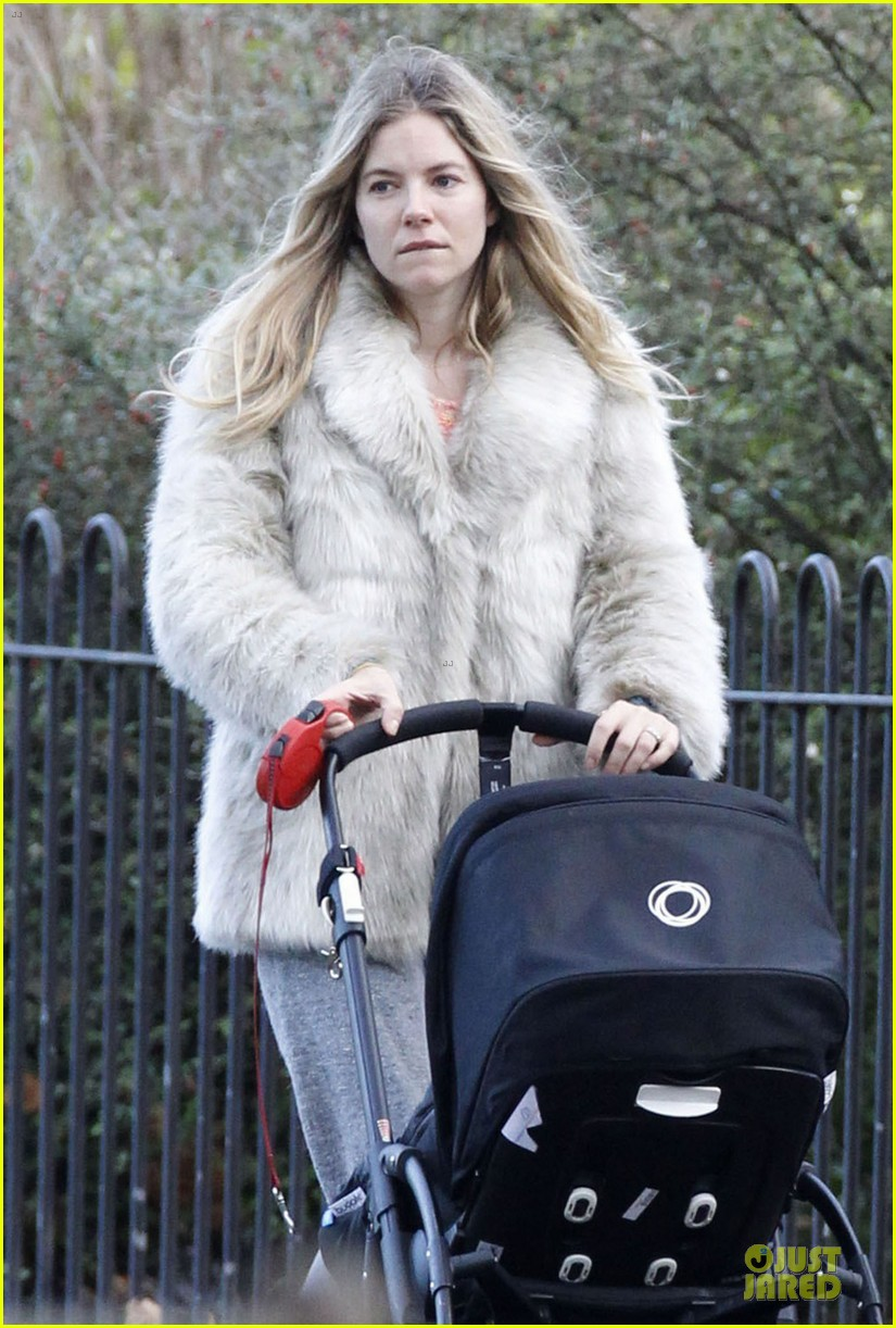 sienna miller death encounter with a horse 042772510