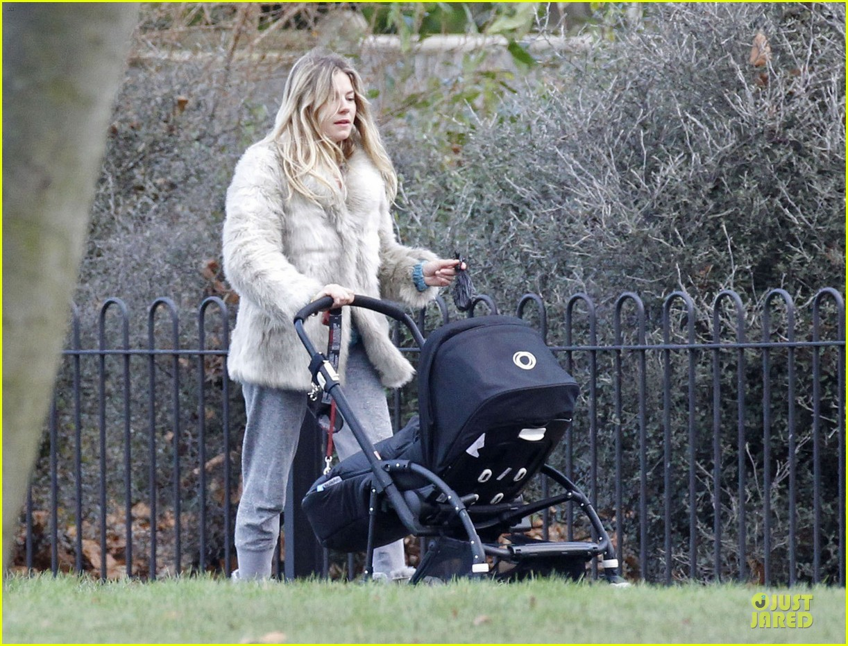 sienna miller death encounter with a horse 132772519
