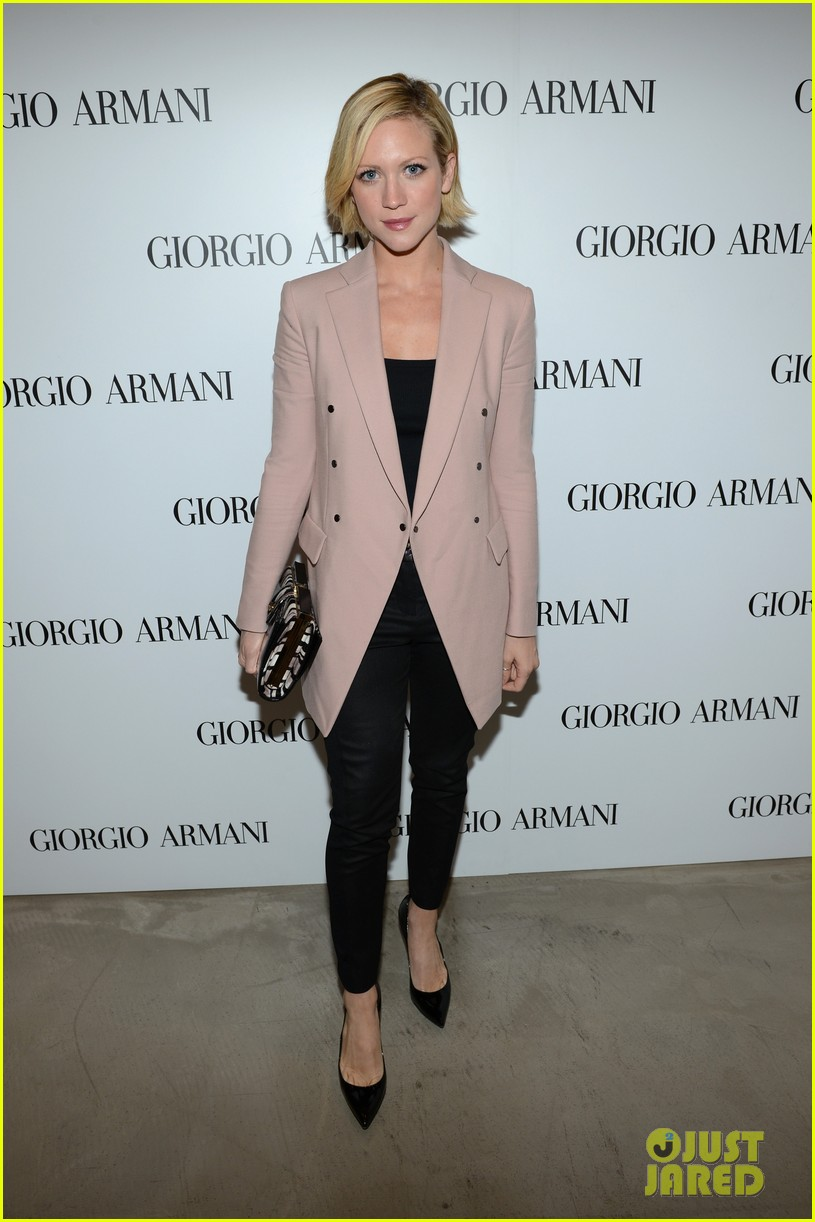 olivia munn giorgio armani beauty luncheon 03
