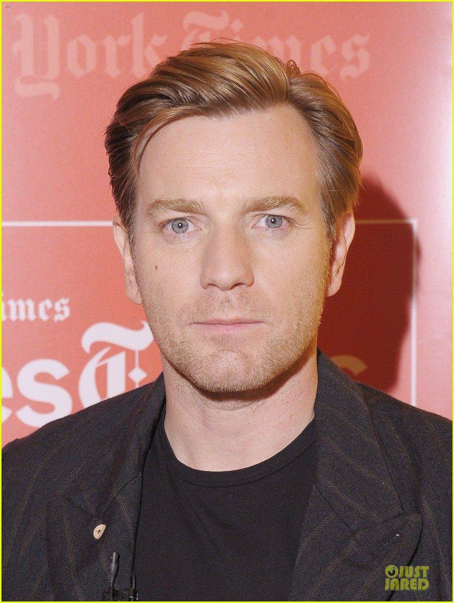 ewan mcgregor thank you for kind words about golden globe nomination 042776555